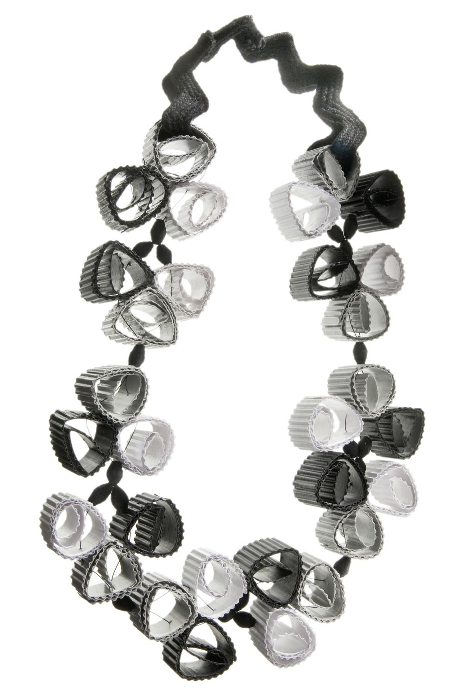 Conosciuto I gioielli di carta di Angela Simone - La mia camera con vista FX07